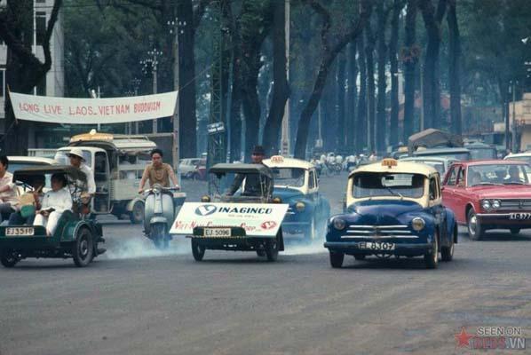 Tháng 6/1969. Một bức tranh khá phong phú về giao thông Sài Gòn.