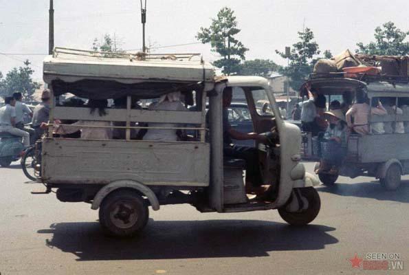 Tháng 11/1968. Đường Lê Văn Duyệt.