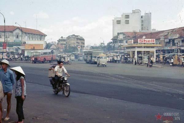 Tháng 10/1968. Đường Trần Hưng Đạo.