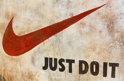Logo và Slogan của Nike đã trở nên quá quen thuộc trên toàn thế giới