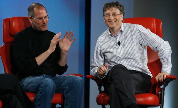 Dù chưa có bằng đại học, nhưng Steve Jobs và Bill Gates đã thành công và kiếm được tiền tỉ ngay từ khi còn rất trẻ