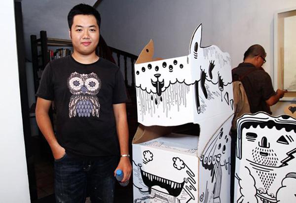 Trong giới thiết kế, Lê Thanh Tùng không chỉ được biết đến với vị trí Giám đốc Sáng tạo tại Creativebay JSC mà còn bởi rất nhiều giải thưởng trong và ngoài nước khi cậu ấy còn đang theo học tại FPT Arena